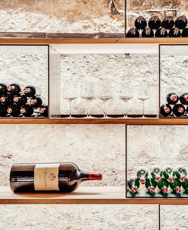 das Tschofen – Restaurant Weinkeller